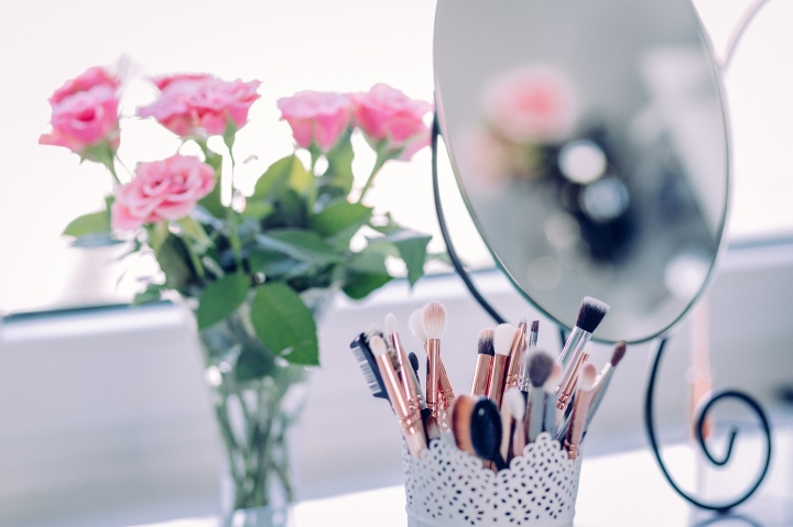 5 Makeup Brush Hacks Every Beauty Lover Should Know